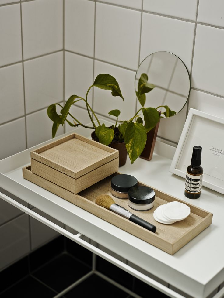 Nomad tray and box design by Ve2