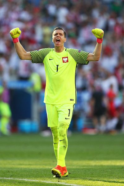Wojciech Szczesny of Poland celebrates his team's first goal during the UEFA EURO 2016 Group C match between Poland and Northern Ireland at Allianz Riviera Stadium on June 12, 2016 in Nice, France.