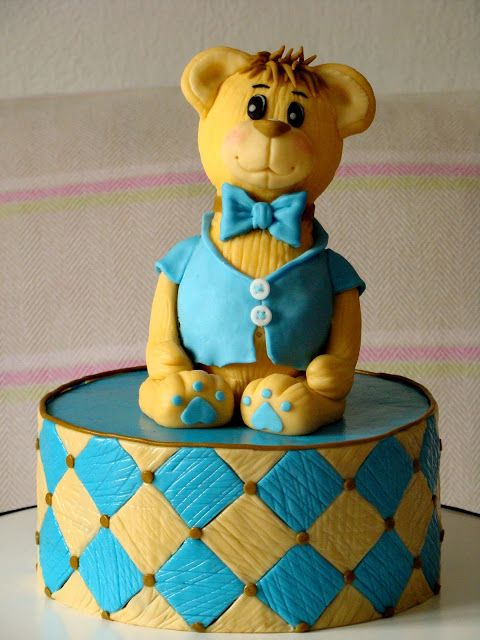 Stella's Κουζινομπερδέματα: Πώς να φτιάξετε έναν αρκούδο από ζαχαρόπαστα-How to make a fondant Teddy Bear