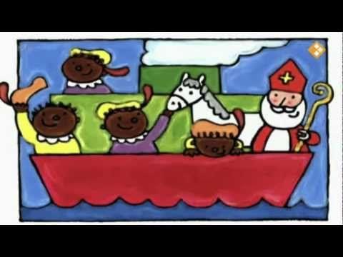 Sinterklaasverhaal. Sinterklaas is al heel oud en woont in Spanje. Hij heeft een groot huis, waar alle Pieten in kunnen. De Sint en zijn Pieten werken het hele jaar door. Sinterklaas maakt een lijst met alle kinderen en de Pieten pakken cadeautjes in totdat ze er moe van worden. Als het bijna de verjaardag van Sinterklaas is, komen ze in de stoomboot naar ons toe. De boot zit helemaal vol.