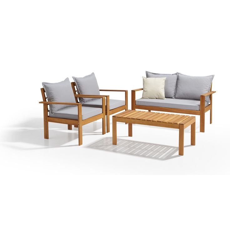 Complete loungeset van hardhout acacia bestaande uit een bijzettafel, 2-zits bank en 2 stoelen. #loungen #loungeset #tuin #kwantum