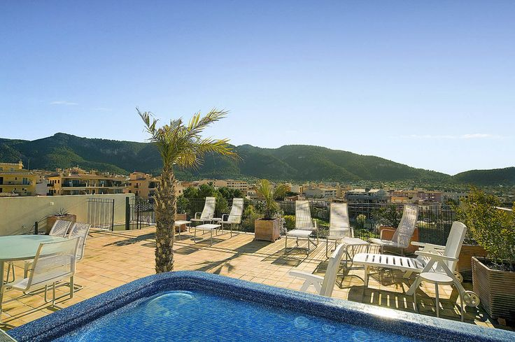 Mallorca Properties: Andratx penthouse apartment with large live out terraces | First Mallorca ®