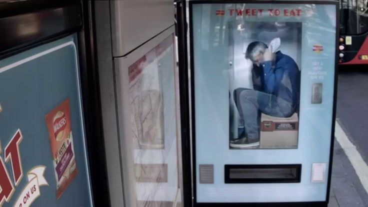 As part of our Do Us A Flavour campaign, we at Walkers Crisps put Gary Lineker inside a Twitter-activated vending machine. Watch to see how people reacted as...