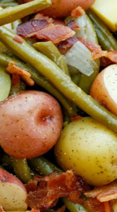 Southern Green Beans with Potatoes and Bacon! So Yummy!