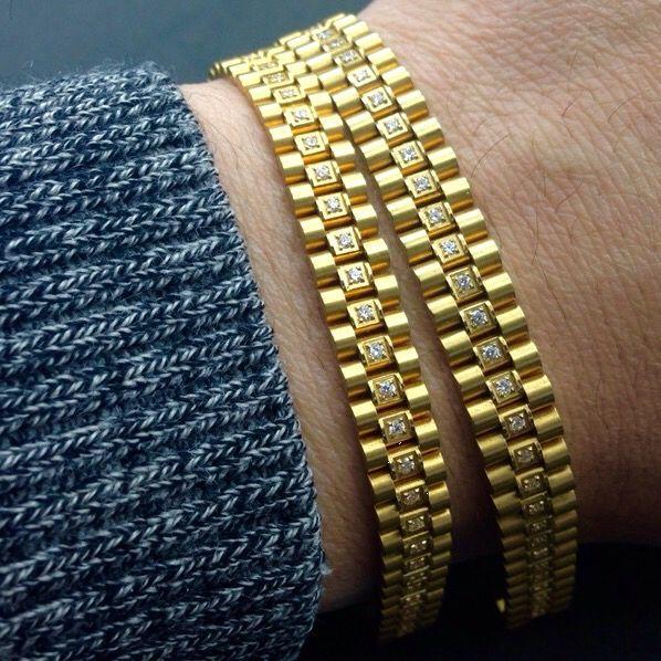 Bullion Heaven product  rolex chain ladies bracelet check out our website now www.bullionheaven.bigcartel.com #miamicubanlink #cubanlink #goldlink #goldchain #goldpiece #goldnugget #bullionheaven #18k #14k #jesuspiece #angelpiece #pharaohpendant #boss #stacks #swaggod #highsnobiety #hypebeast #rvspgallery  #amhush #dopepiece #blvck #goldheaven #hippop #golggod #ladies #lady #liberty