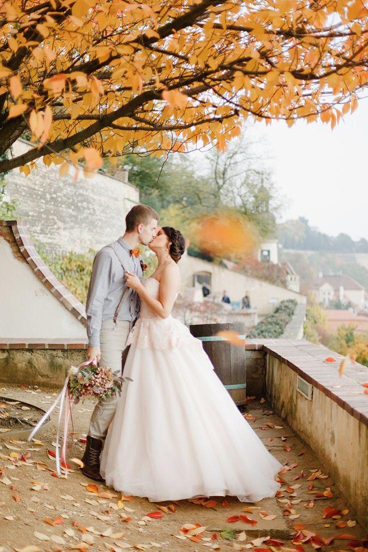 wedding at the gardens below the prague castle