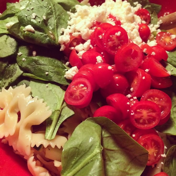 Greek Pasta Salad! 1 box bow tie pasta, 1 bag fresh spinach, 1 diced cucumber, 1 pint cherry tomatoes, 1 container feta cheese, 1 bottle Gazebo room dressing. Perfect for a summer party!
