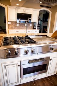 Custom Cabinet Refacing - Update your Kitchen in as little as 3 days | Kitchen Saver