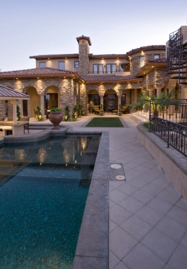 298 best images about dream house ideas and extreme homes andor rooms on pinterest - Extreme Houses