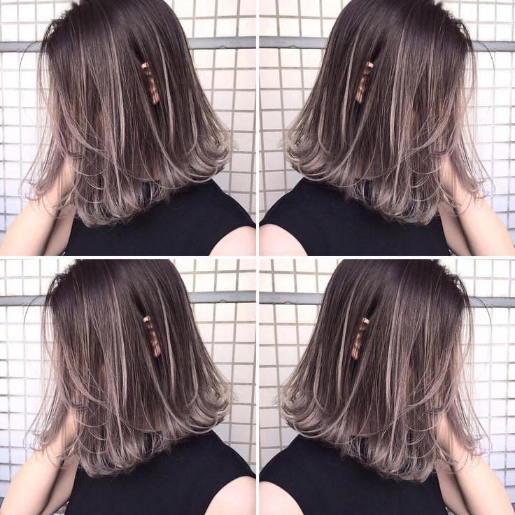 いいね!779件、コメント1件 ― イズミ タカヒロさん(@izumi_takahiro.jp)のInstagramアカウント: 「・ 僕がつくるグラデーションやハイライトスタイルは必ずブリーチを必要とします♂️ ・ 外国人風バレイヤージュグレー ・…」