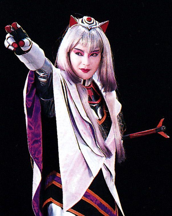 黒田 福美さん『女王アハメス(電撃戦隊チェンジマン)』