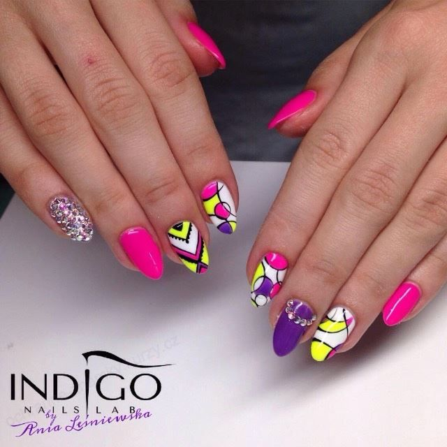 by Ania Leśniewska Indigo Educator :) Follow us on Pinterest. Find more inspiration at www.indigo-nails.com #nailart #nails #indigo #icon #neon #aztec