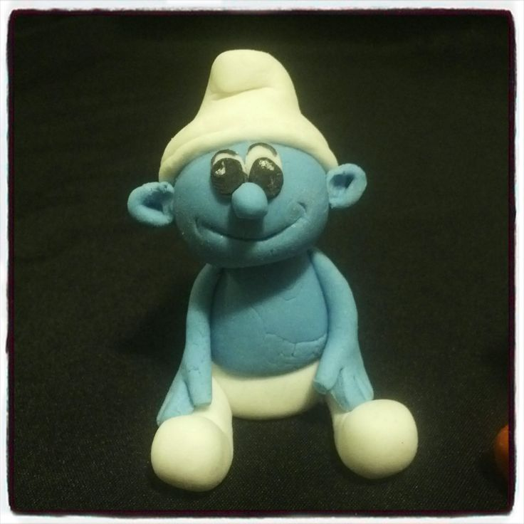 Fondant Smurf For more info or orders email Sweetartbfn@gmail.com or call 0712127786