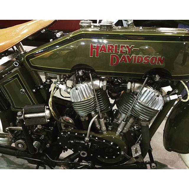 """#harleydavidson #motorcycle #1920 #timeline"" Photo taken by @mltorresl on Instagram, pinned via the InstaPin iOS App! http://www.instapinapp.com (10/17/2015)"