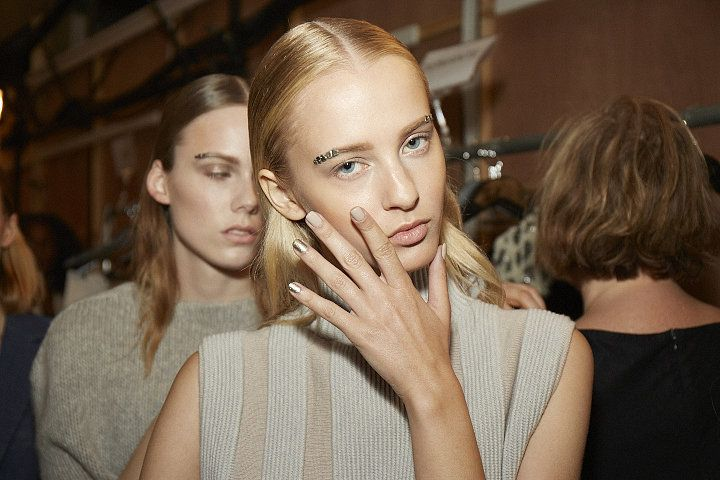 http://www.popsugar.com/beauty/Nail-Trends-Spring-2016-New-York-Fashion-Week-38278810