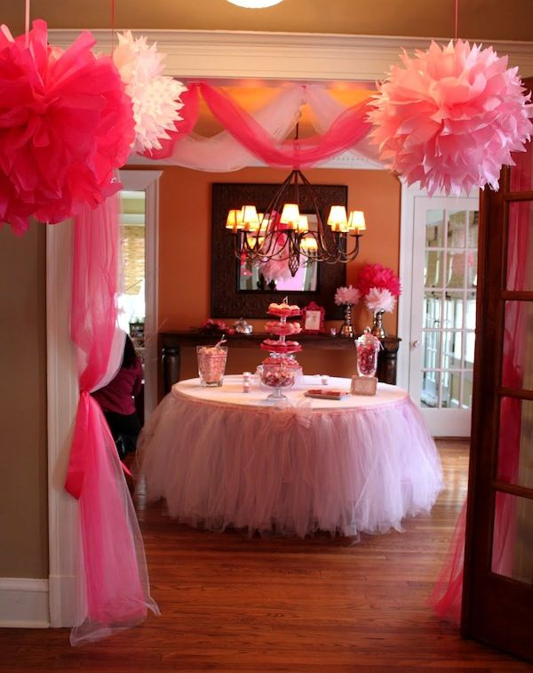 Tulle and Pom Poms. This was a baby shower, but certainly would work for Valentine's Day, girl's birthday or a wedding shower. No instructions, but pictures of everything. How cute is that table!