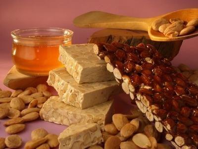 Nugat jest używany do wyrobu pysznych słodyczy
