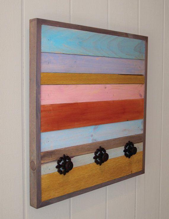 Zuruckgeforderte Garderobe Aus Holz Multi Color Color Garderobe