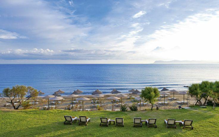 Hvis du er fyldt 16 år, kan du se frem til en eksklusiv ferie for dig og den, du holder af på Santa Marina Plaza. En lille trappe fører jer ned til sandstranden, og I bor skønt med alle forudsætninger for, at I bare kan bruge tid på hinanden. Se mere på http://www.apollorejser.dk/rejser/europa/graekenland/kreta/agia-marina/hoteller/santa-marina-plaza