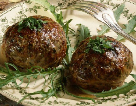 Caillette ardéchoise, un plat typique de nos régions.