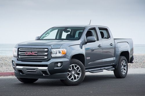 Versatile 2015 GMC Canyon Appeals to Families by Carrie Kim