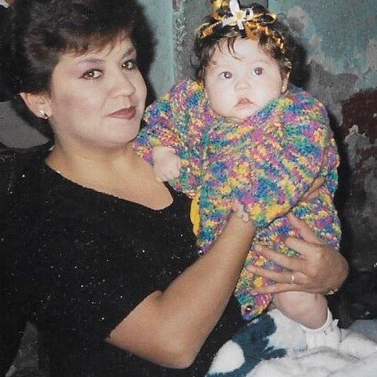 Hoy es cumple de mi mujer maravilla ❤️ la persona más importante en mi vida!! mi amiga, mi confidente, mi mama 👩👧 gracias por enseñarme tanto, tú y yo juntas para toda la vida 🙏🏻 FELIZ CUMPLEAÑOS MAMI 😍 MI SEÑORITA REGAÑONA 🙊 @carocisneros71