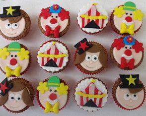 Mini cupcake circo Lindos e deliciosos cupcakes para enfeitar a sua festa. Ideal para aniversários e lembrancinhas.
