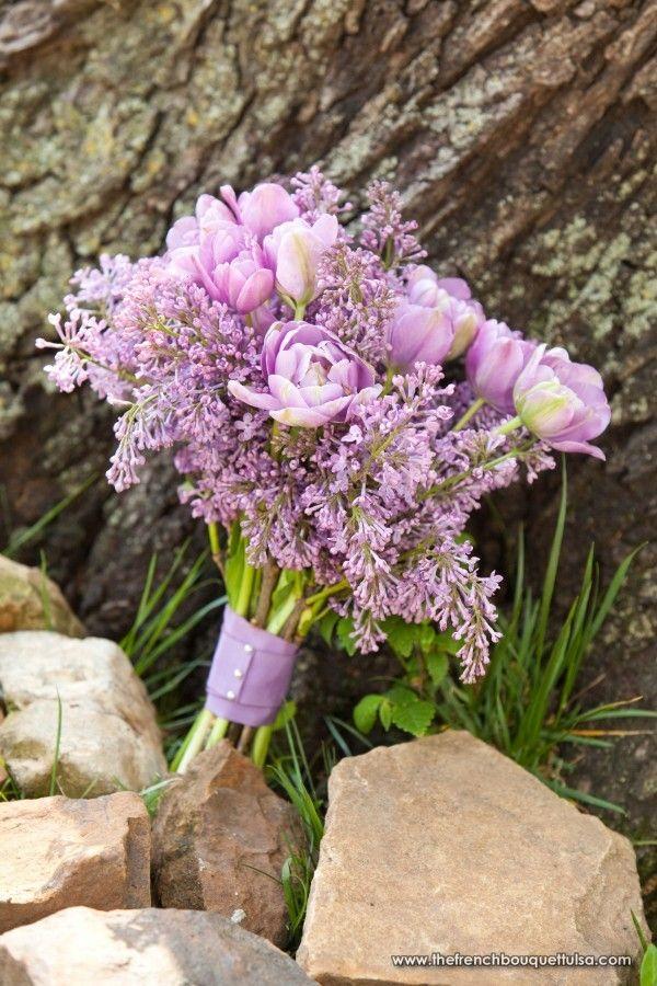 light purple  wedding bouquets | ... bouquets bridal bouquet bridesmaid bouquets bright budget calla lilies