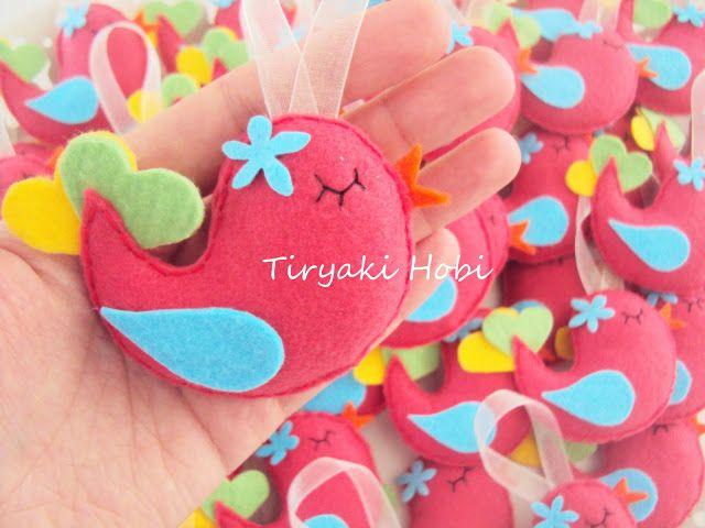 ♥ Tiryaki Hobi ♥: Keçe bebek şekeri / doğum günü magneti - Dolgulu kuş (Melissa)