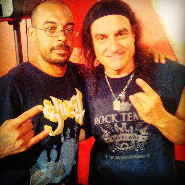 Me & Legendary drummer of Black Sabbath & Dio Vinny Appice #honored #legends #respect #metal #heavy #chillaxinwithcelebrities #heavymetal #music #musicislife #blacksabbath #vinnyappice #vinnieappice #dio #capecoral #drumclinic #drummer