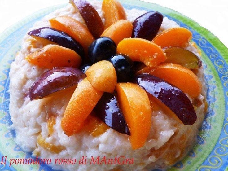Il Pomodoro Rosso di MAntGra: Anello di riso e frutta