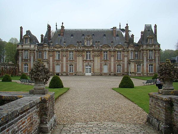 chateau de miromesnil france france castles and. Black Bedroom Furniture Sets. Home Design Ideas