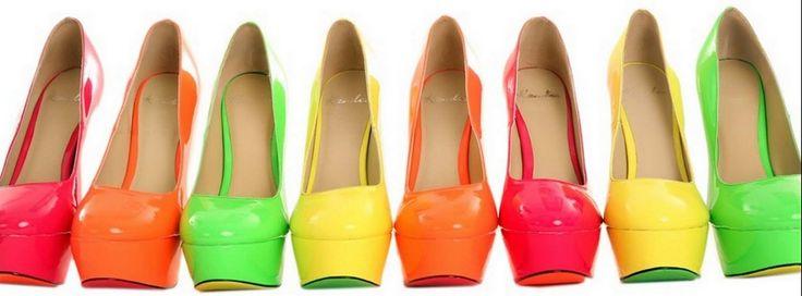 Lo-mejor-es-llevar-los-colores-block-en-el-calzado.jpg (1024×379)