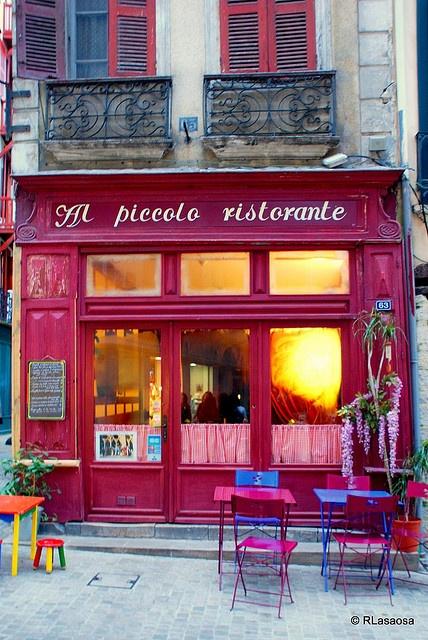"Bayona, Francia.  Fachada del restaurante ""Al piccolo ristorante""  63, Rue d'Espagne, Bayonne"