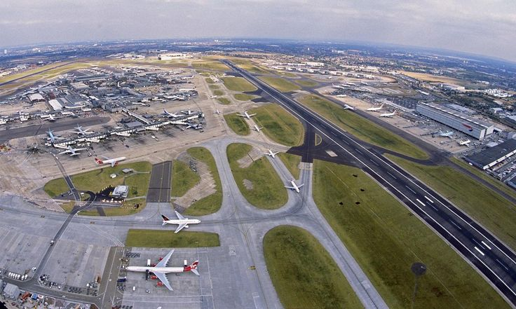 Government announces postponement of final decision on airport expansion over environmental concerns