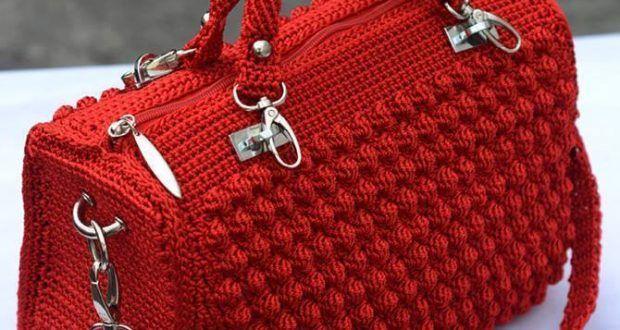 Kırmızı el örgü çanta