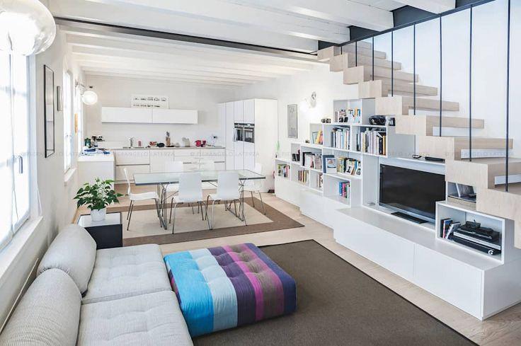 Appartamento a Verona: Soggiorno in stile in stile Minimalista di Pierangelo Laterza