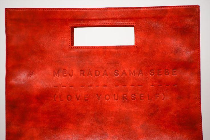 Lovely red handbag Měj ráda sama sebe - Love yourself by Lada Vyvialová II