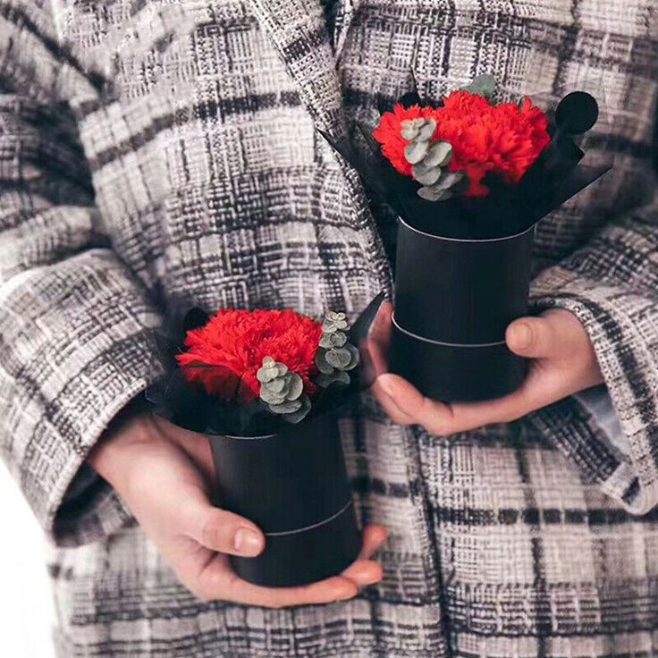Fashion Paper Portable Round Flower Bucket Bouquet Packing