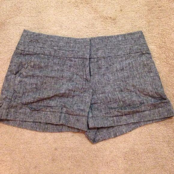 Tracy Evans Heather Grey Shorts Heather grey shorts by Tracy Evans Limited! Tracy Evans Limited Shorts