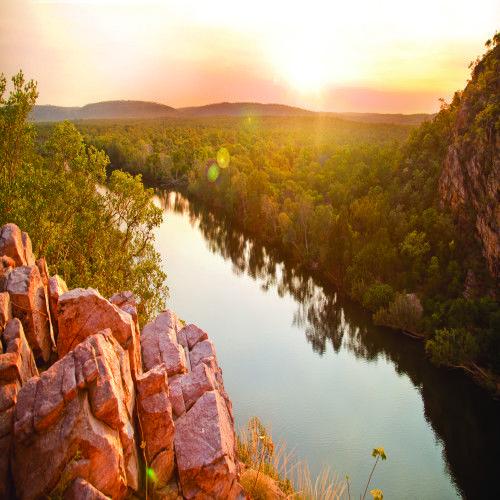 6. Sunset Dinner Cruise. 10 Extraordinary Australian DIning Experiences on Five Star Australia. FIveStarAustralia.com