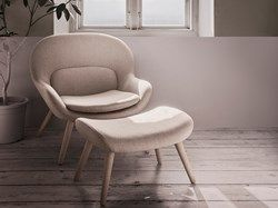'Philippa' combines a very Nordic and modern look, yet retains references to 1950s and 1960s classic armchairs. The chair is created by the design group Busetti Garuti Redaelli, designed with softness, comfort and an organic shape in mind.