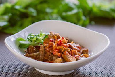 Mój zbiór przepisów kulinarnych-  wyszukane w sieci: Duszona łopatka wieprzowa z warzywami
