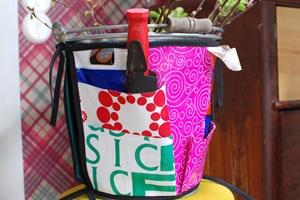 Hinkförkläde   Strömsö, bucketappron of ironed  plastic bags