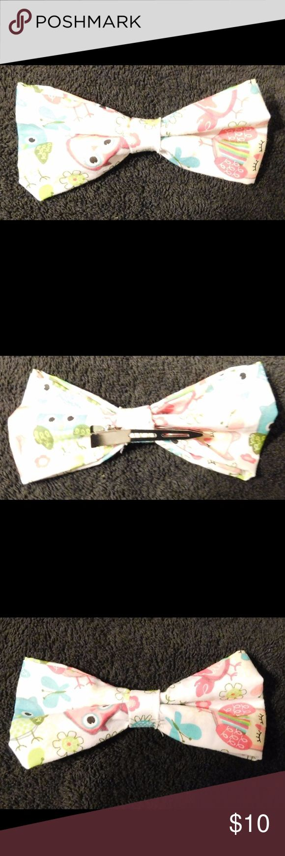 """Homemade Kids Hair Bow/Bow Tie 5"""" by 3"""" Homemade Hair Bow or bow tie for Kids. This has a clip in the back that is not attached so you can change it. This can be a hair bow or bow tie.  Item #712417 Hart's Homemades Accessories Ties"""