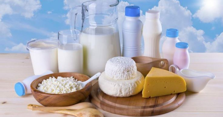 Consuming foods that trigger an allergic reaction places you at greater risk of developing secondary infections. Most symptoms from a milk allergy are the result of inflammation throughout the body. An ear infection can occur if you continue to ingest dairy products with a milk protein allergy. If you suspect you may have an ear infection, call...