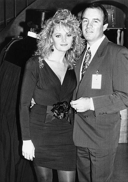 Tyler Bonnie * Saengerin GB Portrait mit ihrem Mann Robert Sullivan 1993