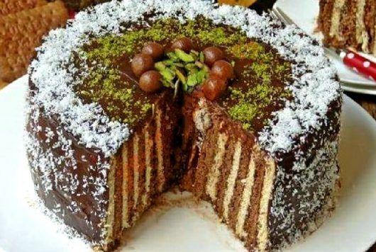 Tort de biscuiti cu cremă de cacao, elegant si usor de facut