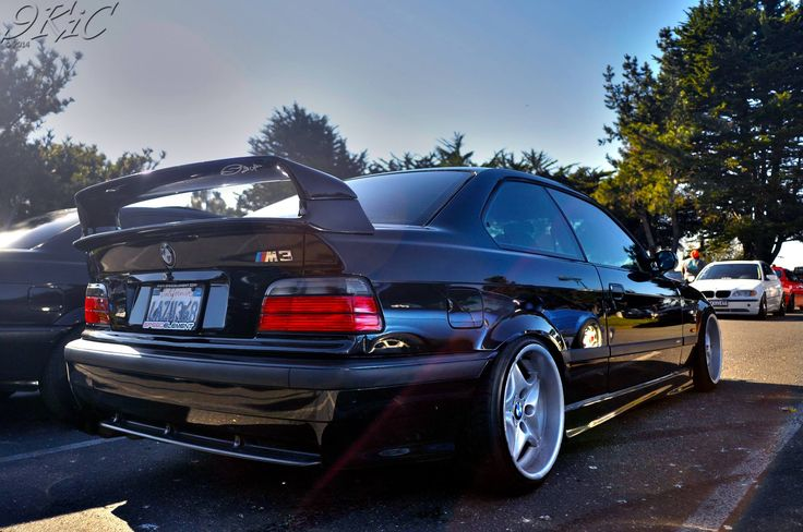 BMW e36 coupe on fantastic OEM BMW Styling 40 (Z3M) wheels