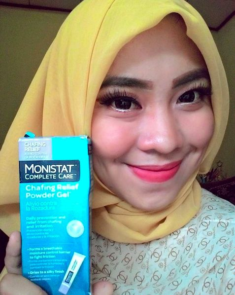 Monistat Chafing Relief Powder Gel acts as a mattifying makeup primer (besides just being a godsend for chub rub).